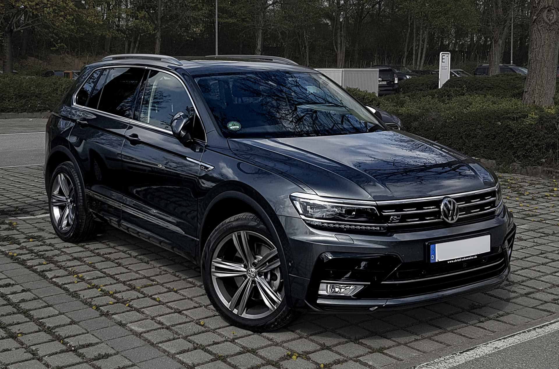 vw tiguan r line vic mobility. Black Bedroom Furniture Sets. Home Design Ideas